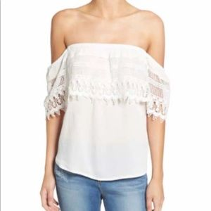 Socialite White Off Shoulder Crochet NWOT Lg